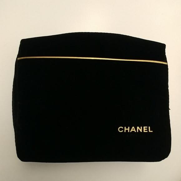 b24e66660fd9 CHANEL Handbags - Chanel Purfum Black Velvet Cosmetic Pouch  Bag
